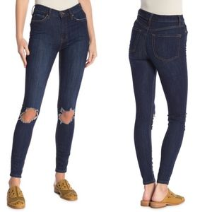 Free People Busted Knee Skinny Jeans Size 25 LONG